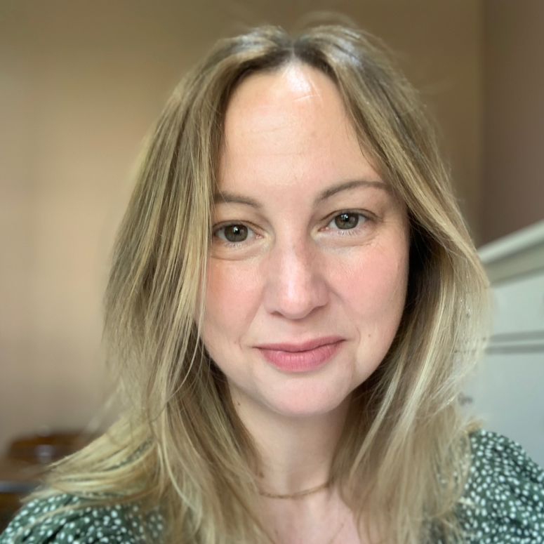 Dr Amber Elliott